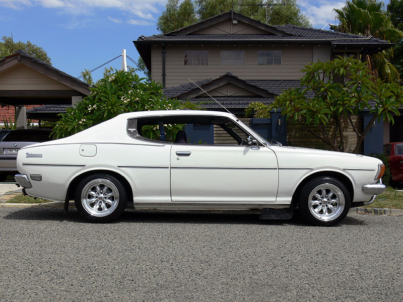 Datsun 180B (610) SSS with XXR/Sportmax 513 15x8+0 wheels