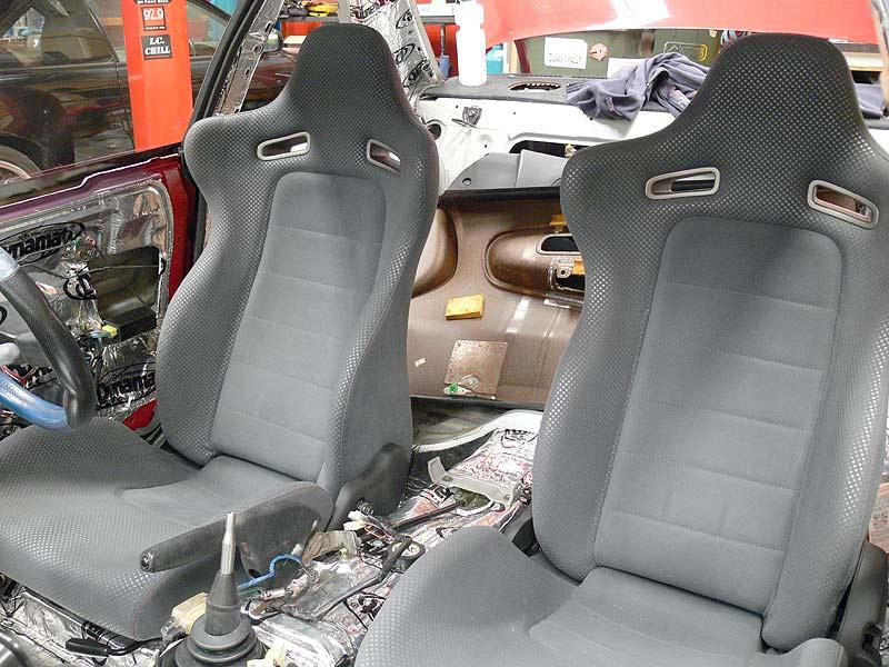 BNR34 Skyline GT-R Seats
