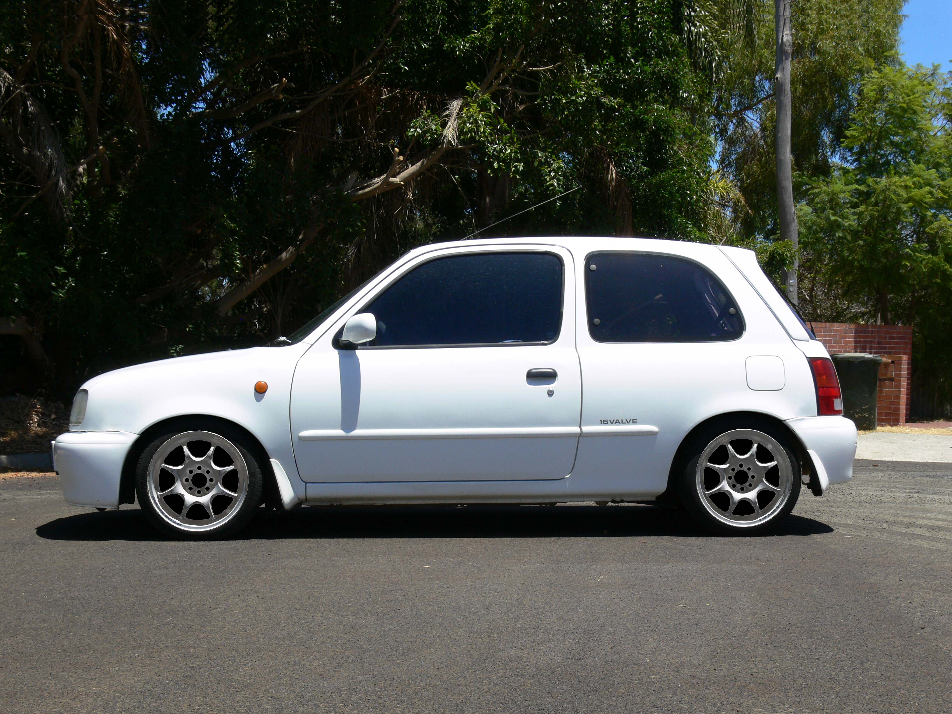 K11 Micra with Silverish 15x6+30 Weds Sport TC-05 (Photoshopped)